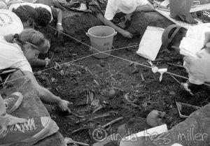 excavacion de los victimas del masacre de El Mozote