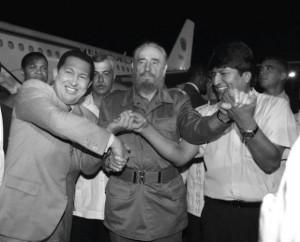 Fidel-Evo-y-Chávez-580x468