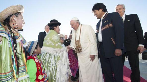 llegada-papa-Francisco-Bolivia-Presidencia_CYMIMA20150709_0001_16